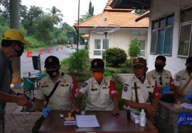 Cegah Penularan Covid19 di Bali, Aparat Bali Ditempatkan di Cek Point Banyuwangi
